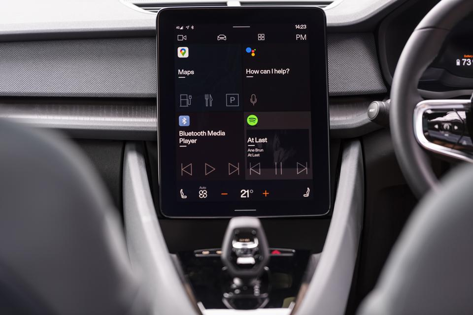 Infotainment dashboard display of the Polestar 2 running Android Automotive