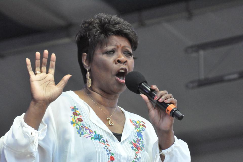 Irma Thomas belting the blues