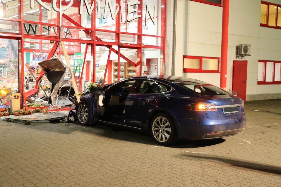 Tesla crashes into hardware store