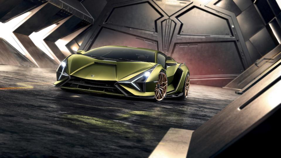 Lamborghini Tecnomar 63 is inspired by the Sián FKP 37 hybrid super sports car