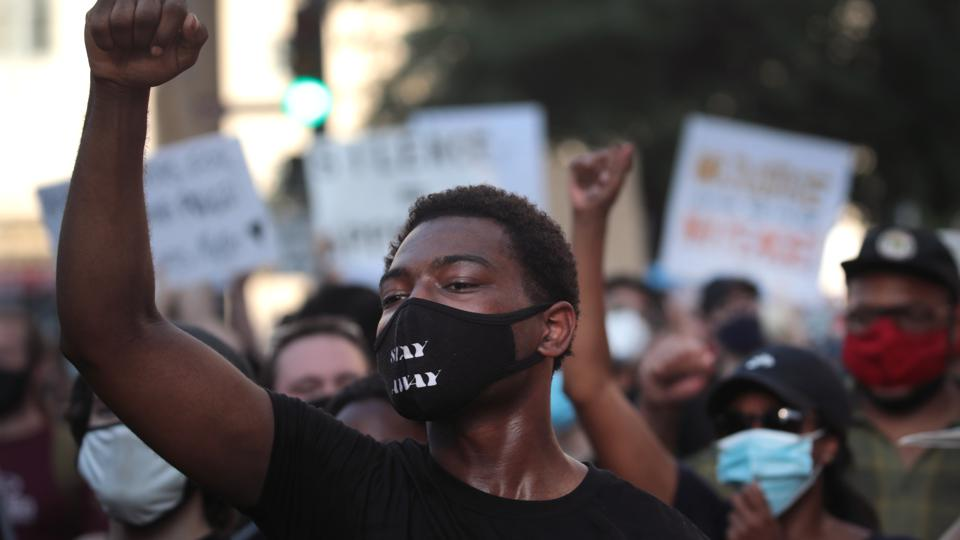 Blue Lives Matter Group And Black Lives Matter Hold Protests In Chicago