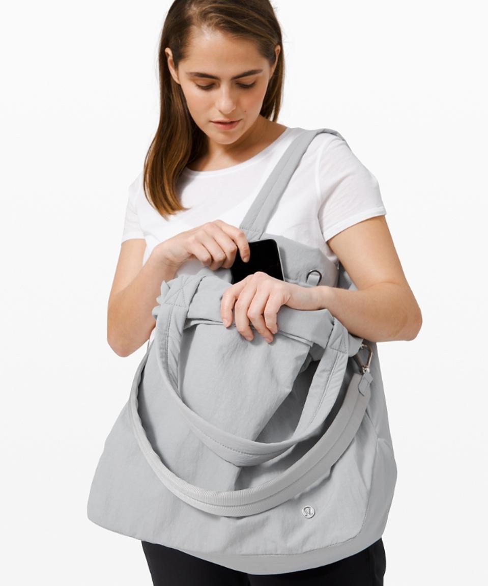 On My Level Bag Large 30L by Lululemon
