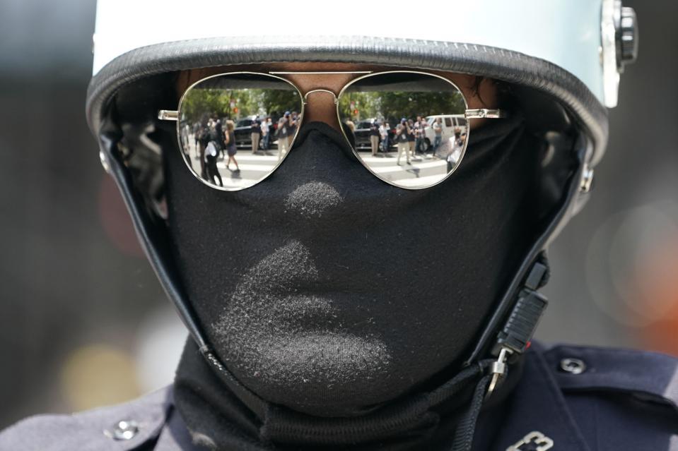 US-POLITICS-RACISM-POLICE