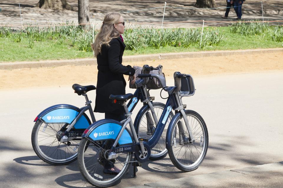 Londra Che aspetto aveva Boris Bikes, quando Barclays Bank era lo sponsor.