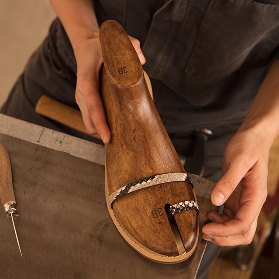 The process of designing a custom Amanu shoe