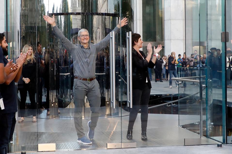 Grande riapertura di Apple Fifth Avenue