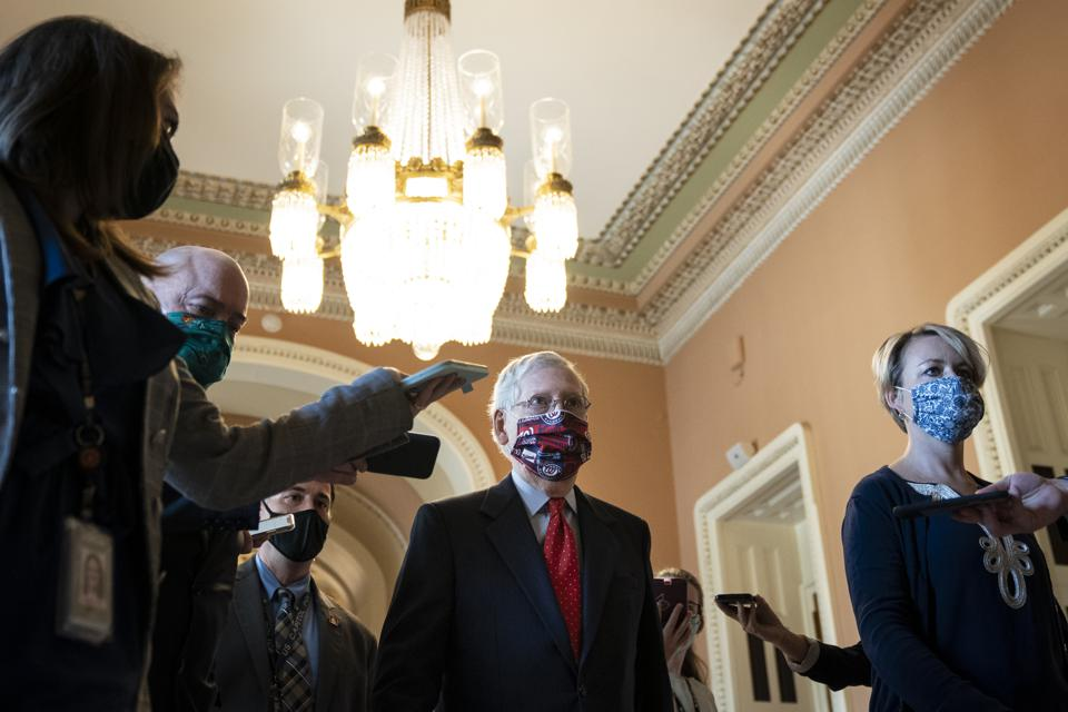 Congress Deadlocks Over Passing New  COVID-19 Economic Relief Bill