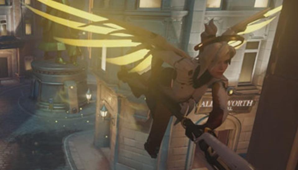 Sorveglia l'eroe Mercy a metà del volo