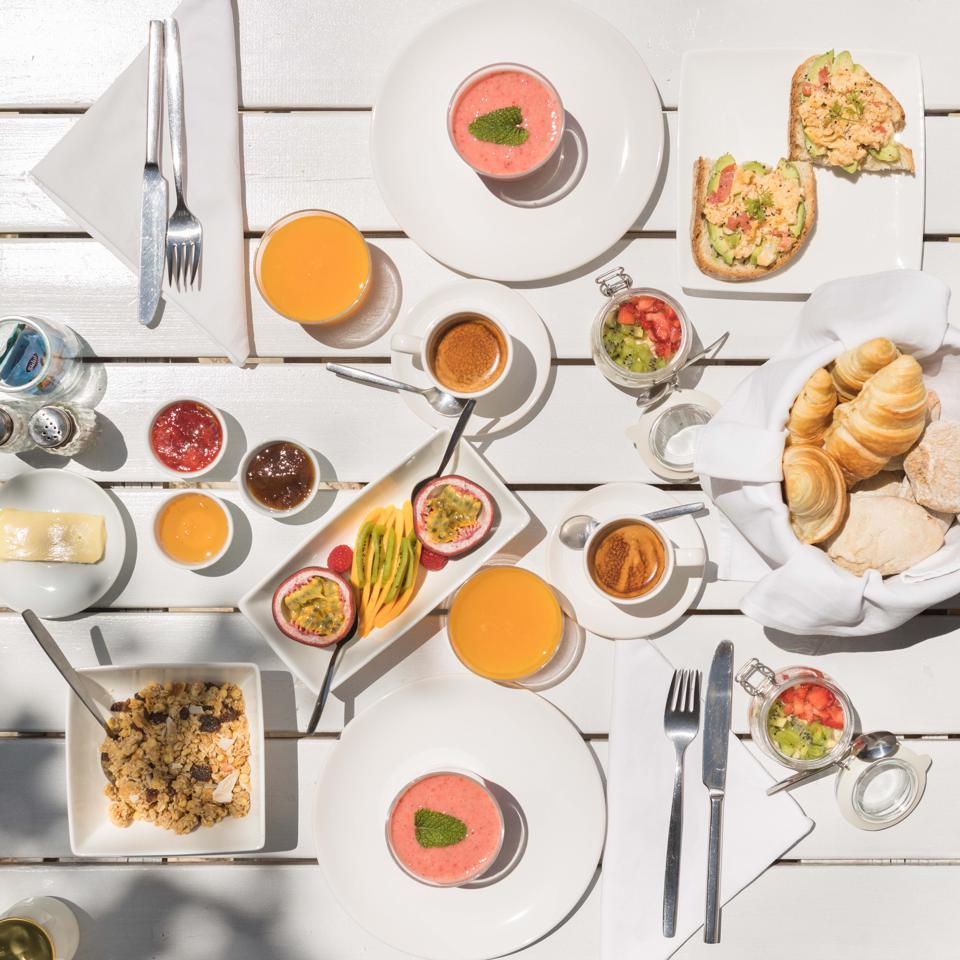 Breakfast at Farmhouse of the Palms in the Algarve includes smoothies, fruit and pastries.