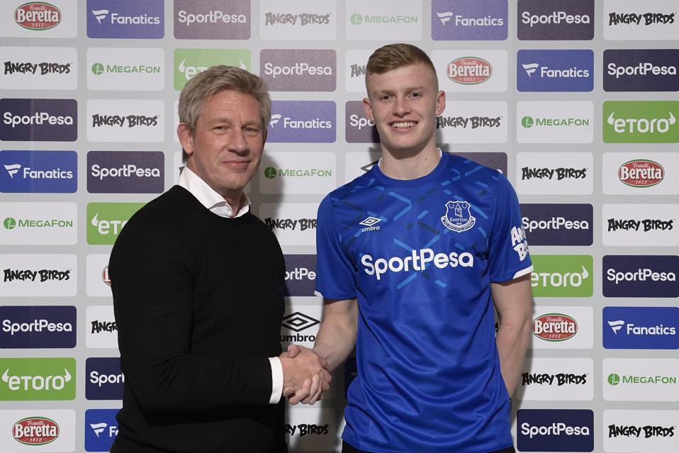 Brands Branthwaite signs for Everton