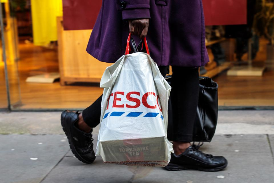 UK Government Proposes Higher Plastic Bag Charge