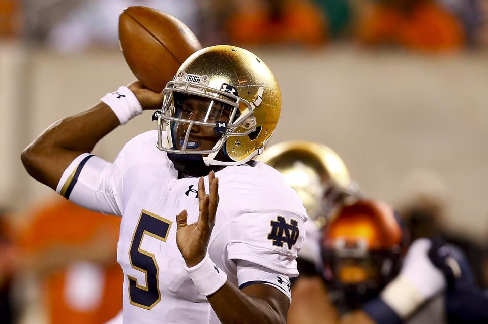 Notre Dame quarterback Everett Golson attempts a pass against Syracuse in 2014.