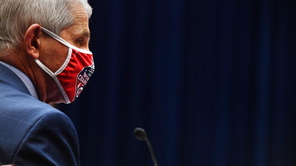 US-HEALTH-VIRUS-pandemic-politics