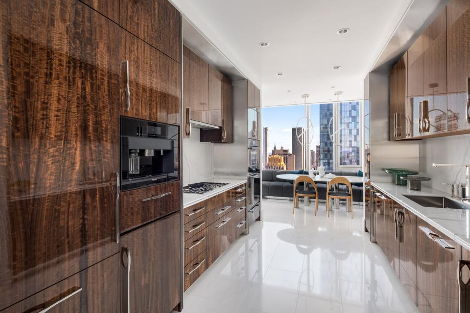 Central Park Tower, Adrian Smith + Gordon Gill Architecture, Pembrooke & Ives, New York
