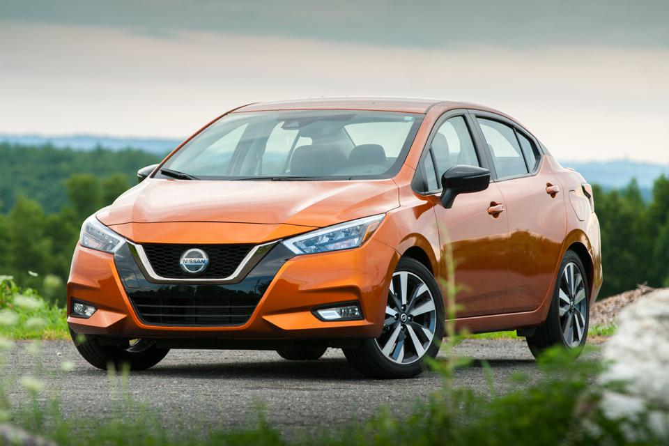 2020 Nissan Versa SR in Monarch Orange Metallic