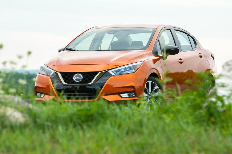 2020 Nissan Versea in Monarch Orange Metallic
