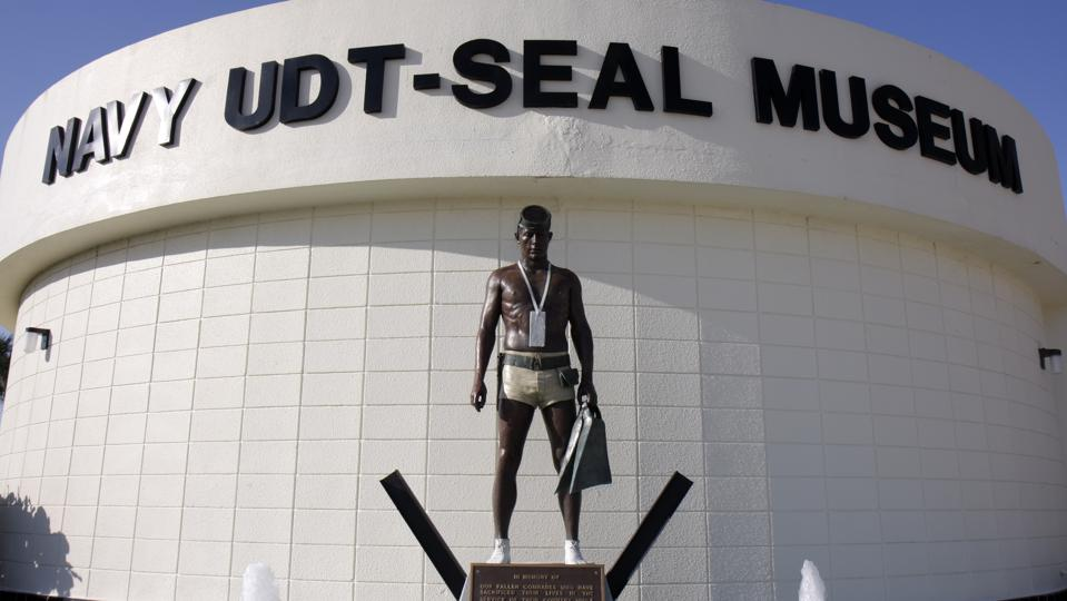 A military statue outside the National Navy UDT-SEAL Museum