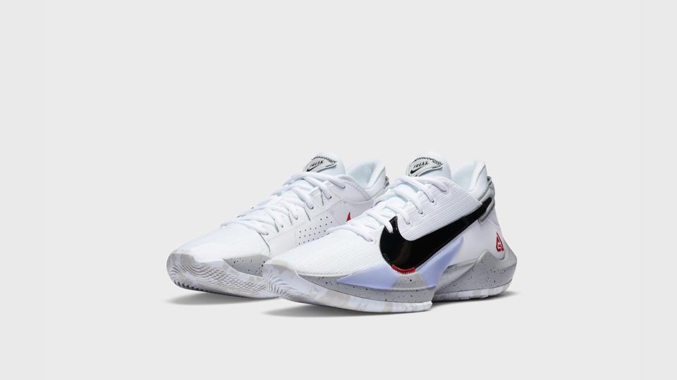 Alianza Conjugado móvil  Nike's New Zoom Freak 2, LeBron 18 Show Range Of Signature Basketball Lines