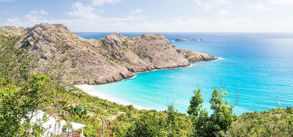 The turquoise waters of Gouverneur Beach in St. Barts.