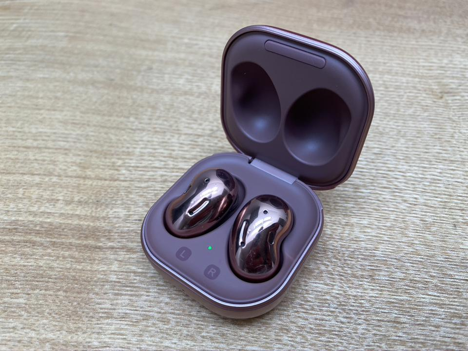 Samsung Galaxy Buds Live in charging case.