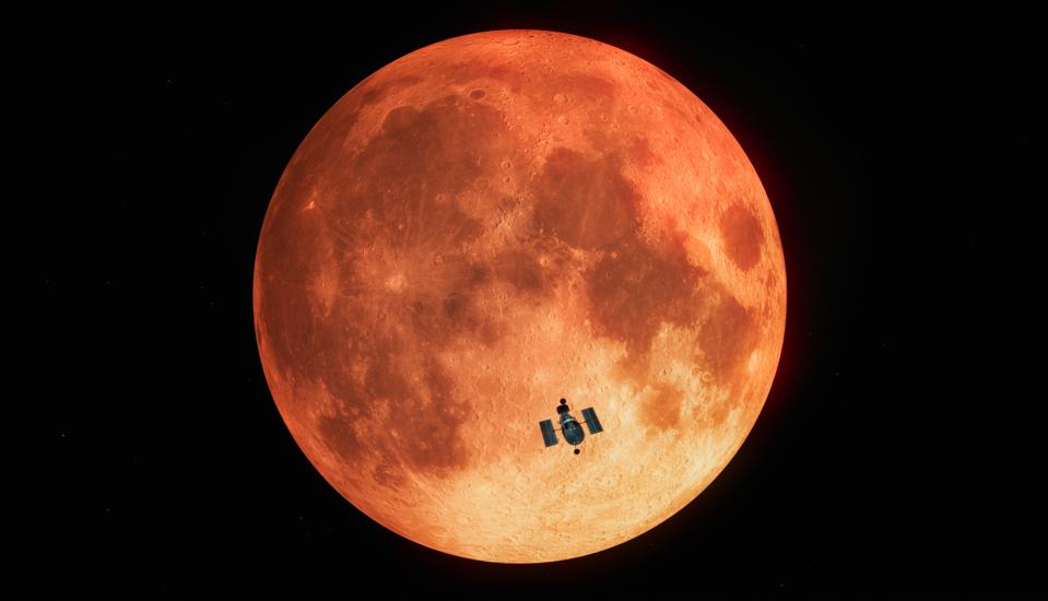 In January 2019, astronomers using the NASA/ESA Hubble Space Telescope measured the amount of ozone in Earth's atmosphere during a total lunar eclipse.