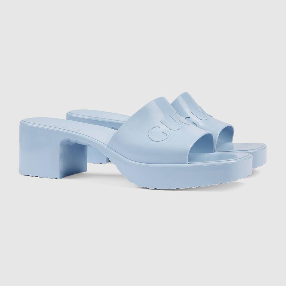 Women's slide sandal with Gucci logo