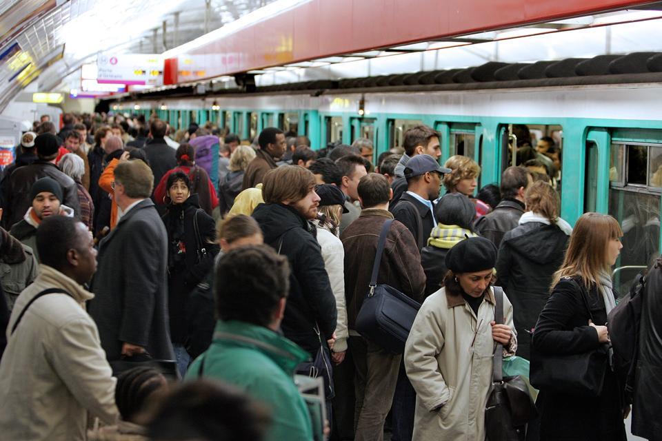 Crowded Parisian Subway Platform