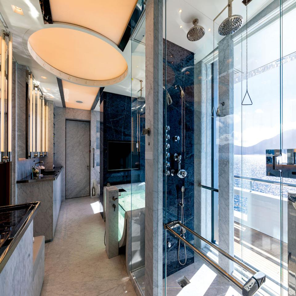 This ″bathroom″ onboard the 350-foot-long Benetti Lumonisity is fit for royalty.