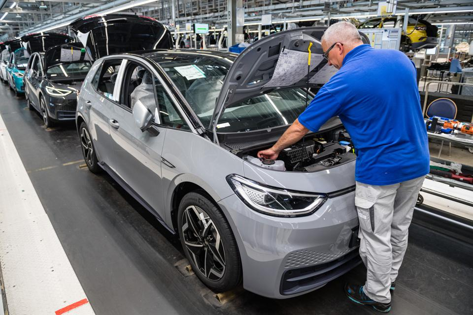 Electric Car Production At Volkswagen Zwickau Plant