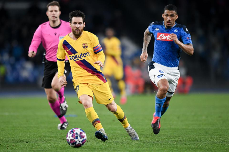 Barcelona will face Napoli at the Camp Nou on Saturday evening.