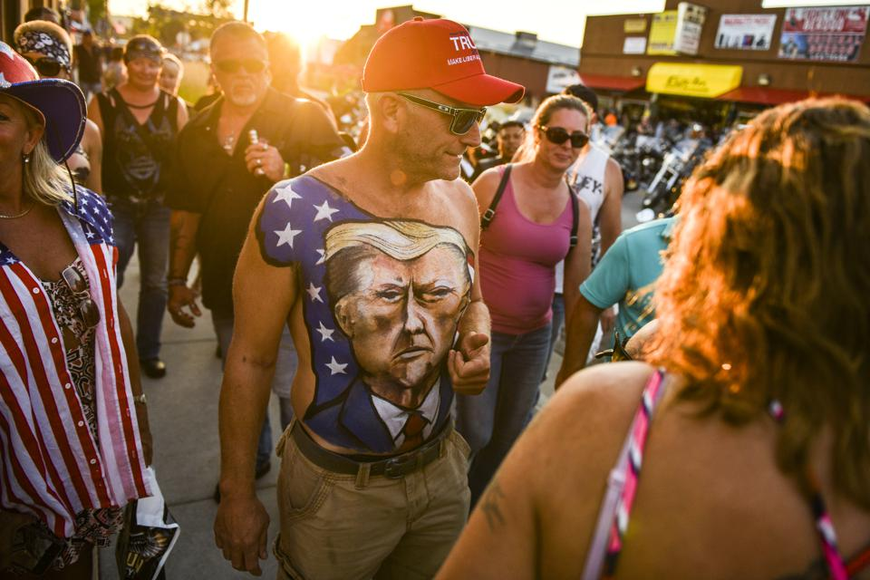 Sturgis Motorcycle Rally Attracts Thousands With Few Masks And Little Social Distancing Photos