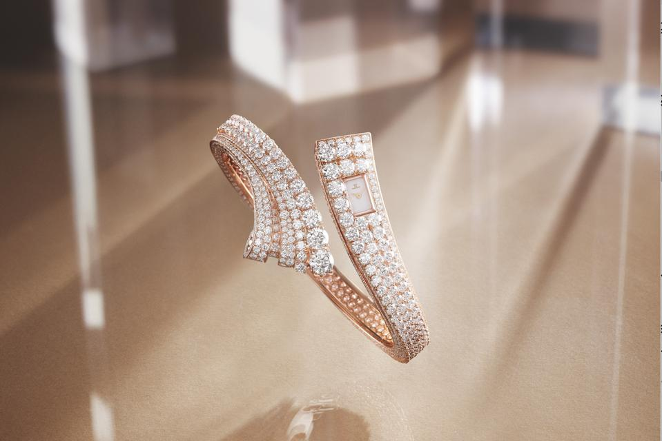 Bangle is inspired by Art Deco design and has nearly 20 carats of diamonds