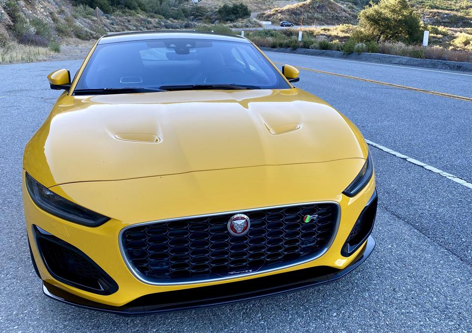 F-type mouth is slightly deeper and taller now, more menacing.