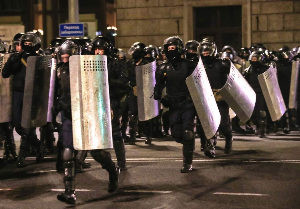 Protes setelah pemilihan presiden Belarusia