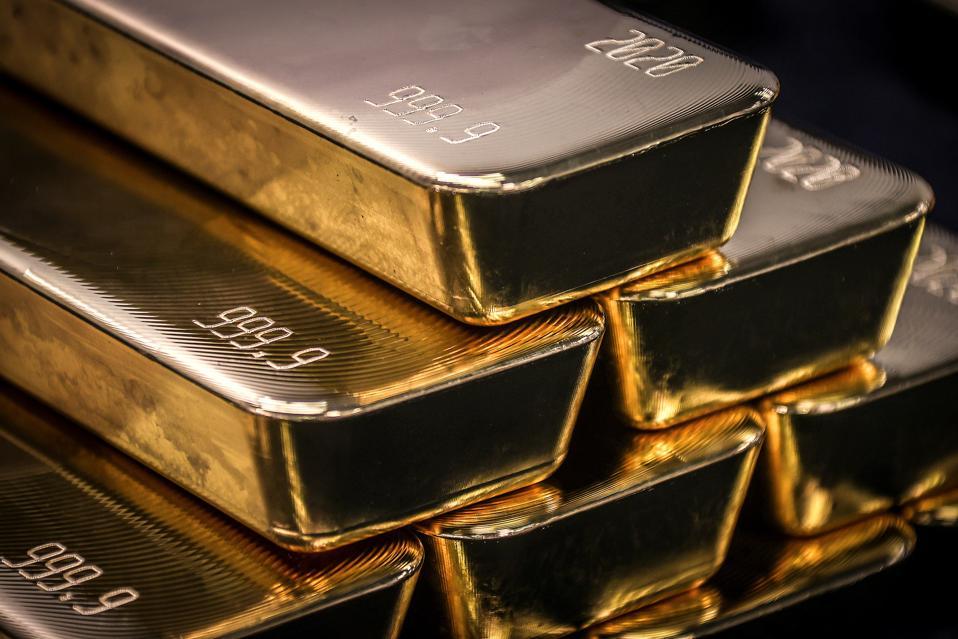 TOPSHOT-AUSTRALIA-ECONOMY-COMMODITIES-MARKETS-METAL-GOLD