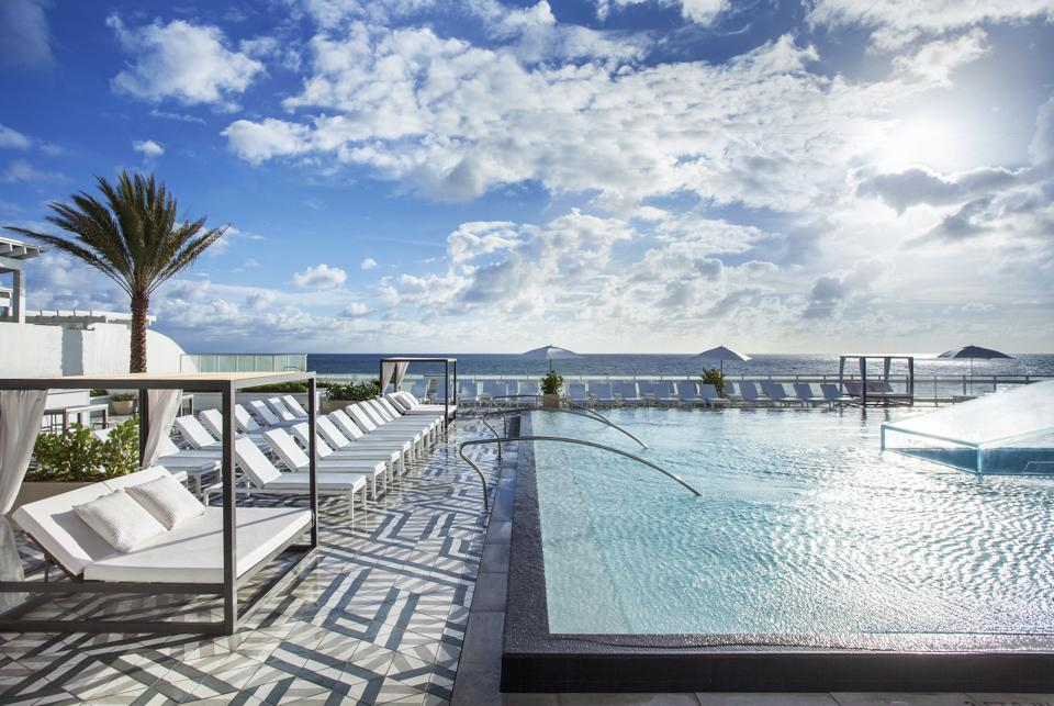 The pool with an ocean view at W Fort Lauderdale.