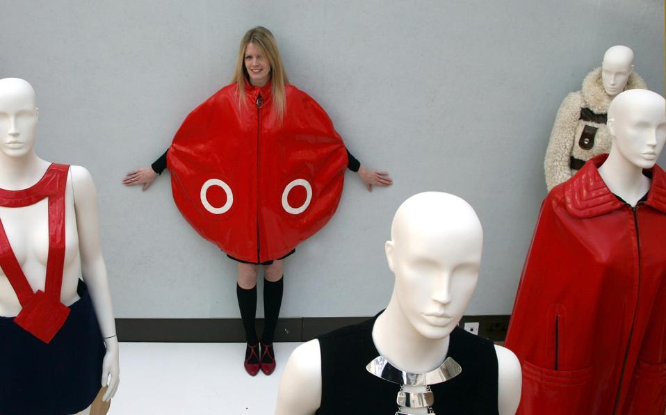 Celebrity Fashion: twentieth Century Vogue Sequence To Hotfoot Beneath The Hammer