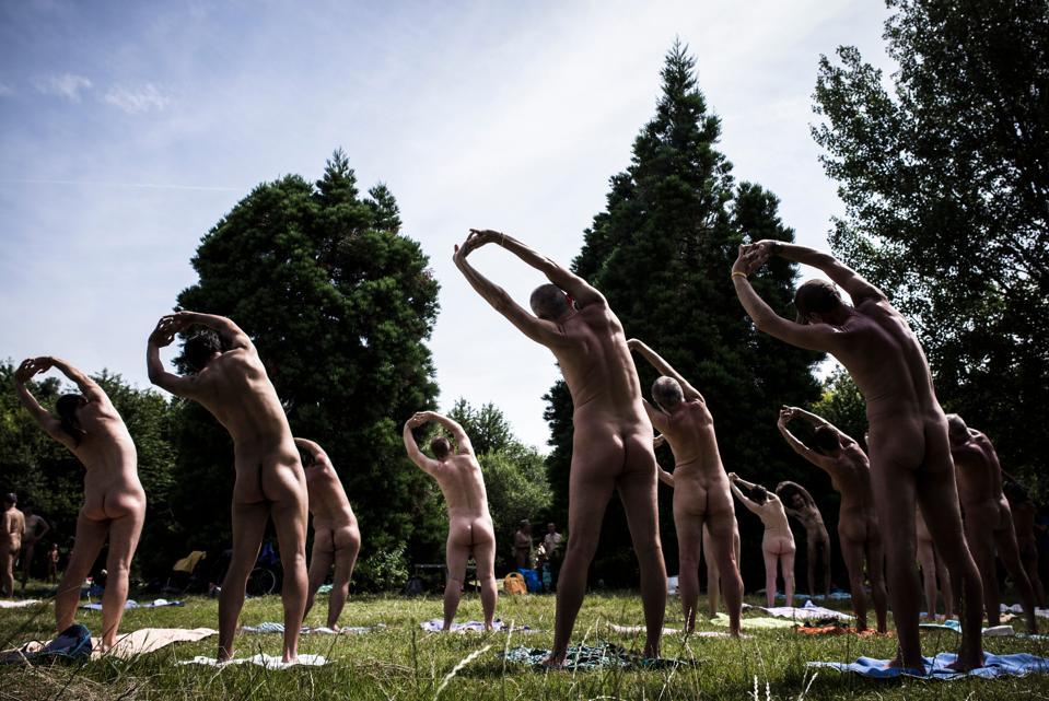 Nudist Yoga In Paris -