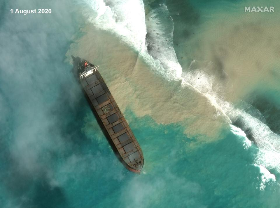 Saturday 1 August 2020: Satellites capture MV Wakashio after being beached on the reefs of Mauritius for 7 days, and 6 days before it started leaking oil.