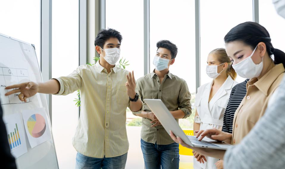 employees in post-pandemic workplace