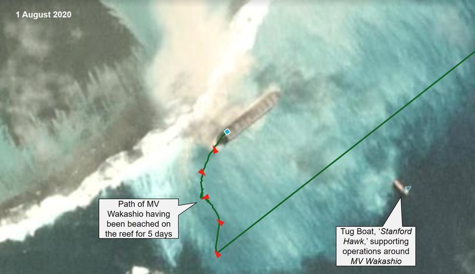 1 August 2020: by Day 5 of the beaching, AIS tracking shows the MV Wakashio has started to drift inward toward the coast.  The Tug Boat, Stanford Hawk, can be seen at the edge of the reef.