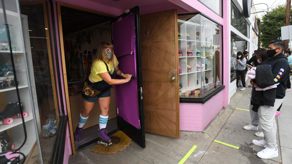 Roller skate shop reopens for first time since pandemic closure, to 200 waiting customers