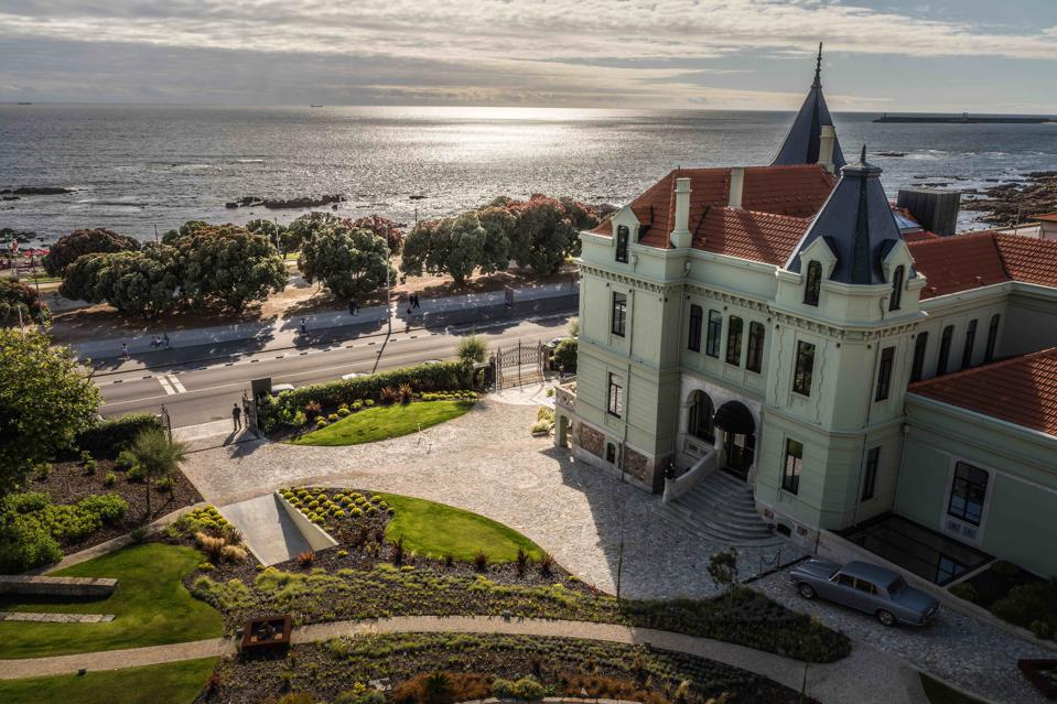 Vila Foz Hotel in Porto sits right in front of the Atlantic ocean, which is sparkling.