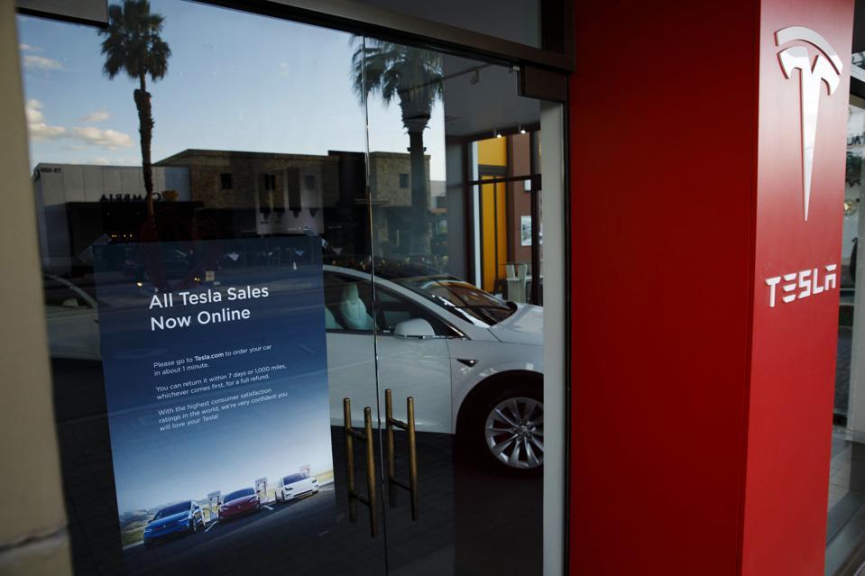 ″All Tesla Sales Now Online″