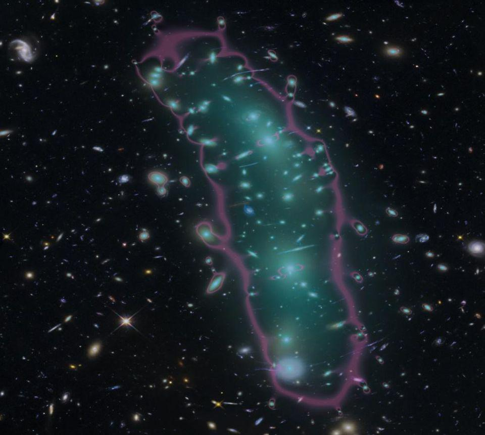 The galaxy cluster MACS 0416 from the Hubble Frontier Fields, with lensing map overlaid.