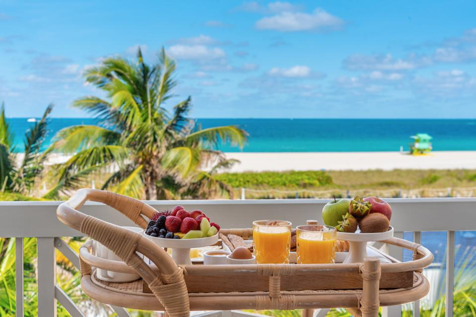 Beachfront breakfast