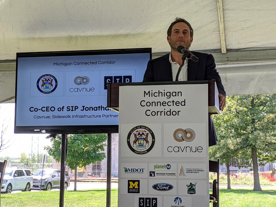 Sidewalk Infrastructure Partners co-CEO Jonathan Winer speaking at the announcement of the Michigan Connected Corridor project