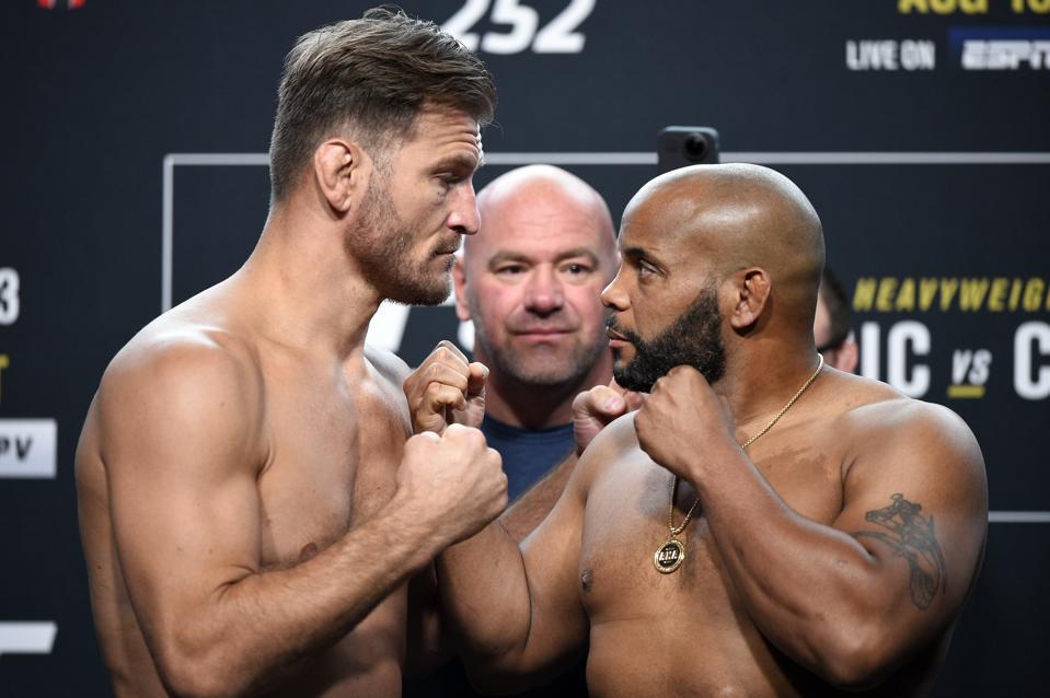 Stipe Miocic vs. Daniel Cormier headlines tonight's UFC 252 pay-per-view fight card.