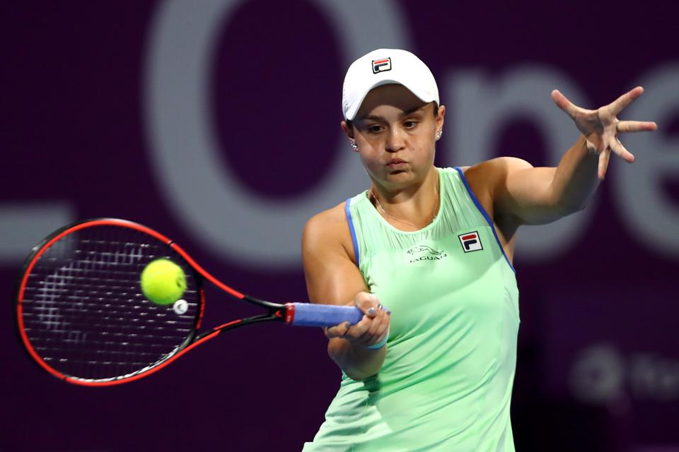 DOHA, QATAR - FEBRUARY 25: Ashleigh Barty of Australia returns a forehand against Laura Siegemund of Germany during Day 3 of the WTA Qatar Total Open 2020 at Khalifa International Tennis and Squash Complex on February 25, 2020 in Doha, Qatar. (Photo by Dean Mouhtaropoulos/Getty Images)