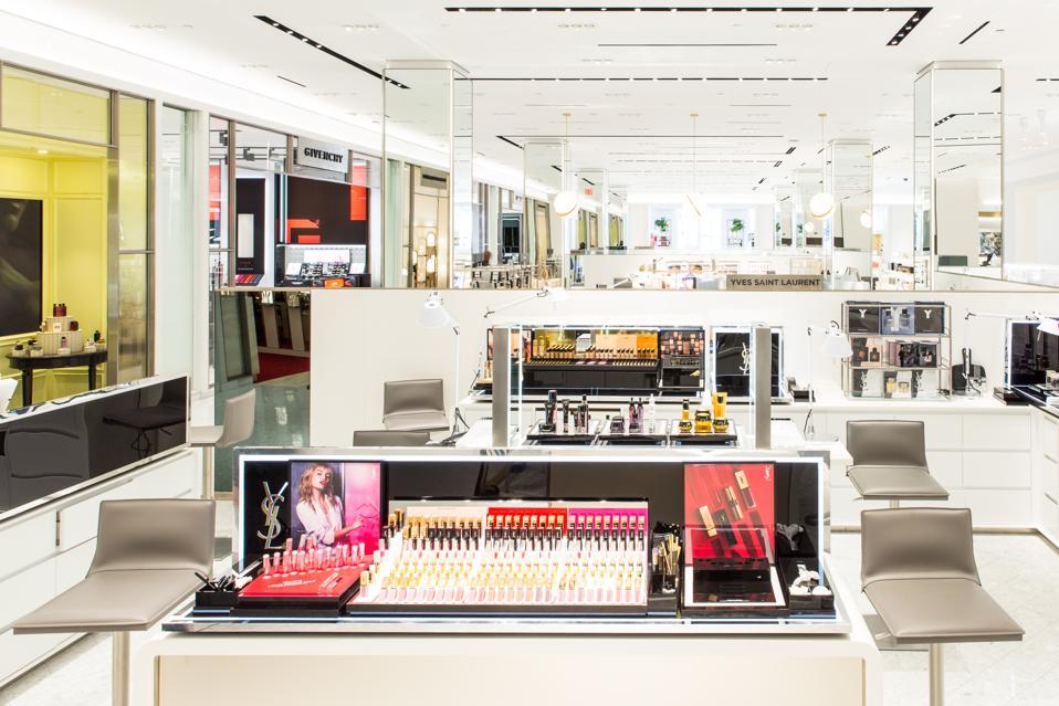 Celebrity Beauty: Saks Fifth Avenue Fresh York's beauty department